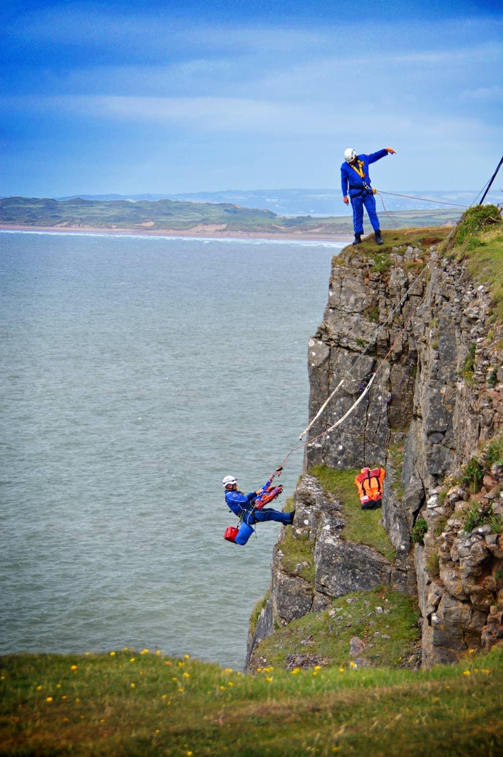 Coast guard rescue training exercise YXJH7LS (1)